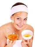 Natuurlijke eigengemaakte organische gezichtsmaskers van honing. Stock Afbeeldingen