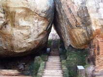Natuurlijke gateway aan Sigiriya-Rots Royalty-vrije Stock Afbeelding