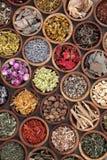 Natuurlijke Kruidengeneeskundeselectie stock foto