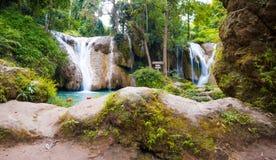 Natuurlijke landschapswaterval Royalty-vrije Stock Fotografie