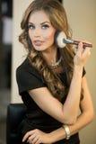 Natuurlijke make-up Donkerbruine maniervrouw Stock Foto's