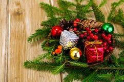 Natuurlijke materialen voor Kerstmisambachten royalty-vrije stock afbeeldingen