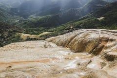 Natuurlijke plaats van agua van Hierve Gr in Oaxaca Mexico royalty-vrije stock foto's