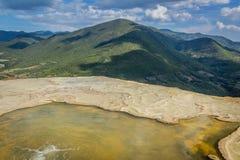 Natuurlijke plaats van agua van Hierve Gr in Oaxaca Mexico stock fotografie