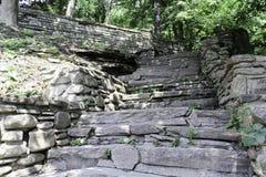 Natuurlijke steenstappen Stock Afbeelding