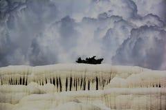Natuurlijke travertijnpools en terrassen, Pamukkale, Turkije stock fotografie