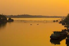 Natuurlijke waterkant in Thailand Stock Foto