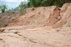 Natuurrampen, grondverschuivingen tijdens in het regenachtige seizoen Royalty-vrije Stock Foto