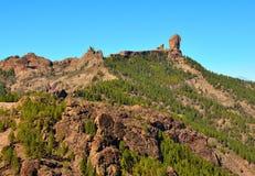 Natuurreservaat Roque Nublo met blauwe hemelachtergrond, Gran Canaria, Canarische Eilanden Stock Fotografie