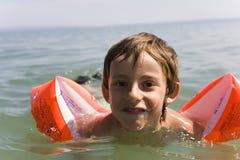 naucz się pływać chłopcze Fotografia Stock