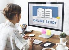 Nauczania online Online klasy nauki wiedzy pomysłów pojęcie obrazy royalty free