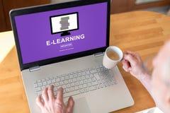 Nauczania online pojęcie na laptopie Fotografia Royalty Free
