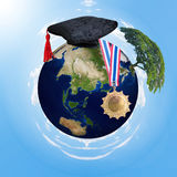 Nauczanie online, edukaci online pojęcie Elementy ten wizerunek meblują NASA obraz royalty free