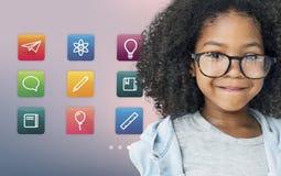 Nauczanie online edukaci zastosowania Online pojęcie Zdjęcie Stock