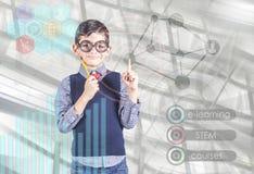 Nauczanie online i futurystyczny trzon edukaci technologii pojęcie Zdjęcia Stock