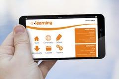 Nauczanie online telefon komórkowy Zdjęcia Royalty Free