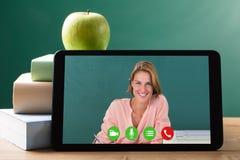 Nauczyciel Wideo konferencja W sala lekcyjnej obrazy stock