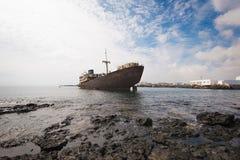 Naufrágio em Lanzarote, Ilhas Canárias, Espanha fotografia de stock