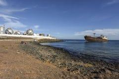 Naufrágio na área industrial em Lanzarote, Arecife, Ilhas Canárias, Espanha imagens de stock