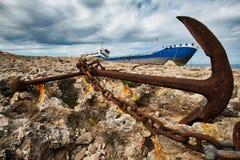 Naufrage ancré à Malte images libres de droits