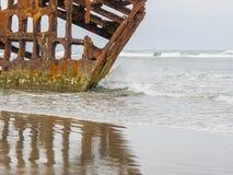 Naufrage sur la plage Photos stock