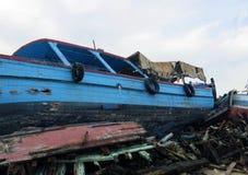 Naufragi dopo lo sbarco dei rifugiati Immagini Stock Libere da Diritti