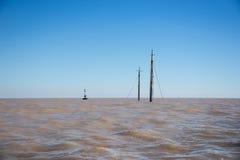 Naufragio en el río de Rio de la Plata Puerto Madero en la oscuridad Saling A del sur Imagen de archivo libre de regalías