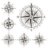nautiskt retro för kompass Tappningros av vind för havsvärldskarta Isolerat västra och för öst eller för söder och norr pilsymbol vektor illustrationer