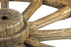 Nav och eker av det träred ut dekorativa vagnhjulet Royaltyfri Bild