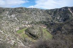 Navacelles naturalny cyrk w Hérault obrazy royalty free