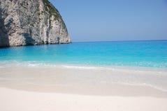 Navagio - het eiland blauw overzees van Zakynthos strand Griekenland Stock Foto