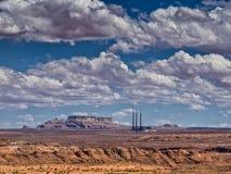 Navajo die de installatiepagina van de Post met kolen gestookte stoom, Arizona produceren Stock Foto's