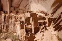 navajoen för monumentet för 2 betatakin fördärvar den nationella Royaltyfria Foton