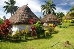 Navala村庄,维提岛,斐济传统房子  免版税图库摄影