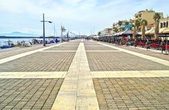 Navarinou路在卡拉迈伯罗奔尼撒希腊 库存图片