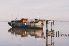 Nave abandonada en Montevideo Foto de archivo libre de regalías