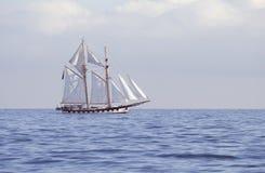 Nave alta en el mar Foto de archivo libre de regalías