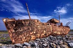 Nave arrugginita abbandonata Fotografie Stock