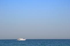 Nave blanca Foto de archivo
