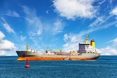 Nave con el piloto Boat Imágenes de archivo libres de regalías