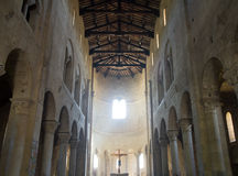 Nave d'abbaye de rue Antimo Photographie stock