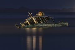 Nave d'affondamento Fotografia Stock Libera da Diritti