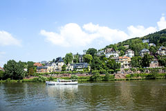 Nave da crociera del fiume sul Neckar Fotografie Stock Libere da Diritti