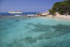 Nave da crociera nei Caraibi Fotografia Stock Libera da Diritti