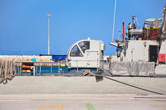 Nave da guerra in un porto di Rodi, Grecia. Fotografie Stock Libere da Diritti