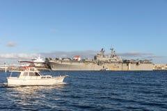 Nave de asalto de carros anfibios de clase WASP de USS Bonhomme Richard LHD-6 de la marina de guerra de Estados Unidos imagen de archivo