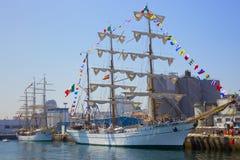 Nave de Cuauatemoc en la raza alta de las naves Imagen de archivo libre de regalías
