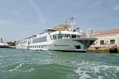 Nave de la condesa del río, Venecia Imagen de archivo