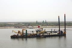 Nave de la construcción del puerto Fotos de archivo
