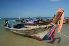 Nave de Longtail en la playa del nang del Ao Imagenes de archivo
